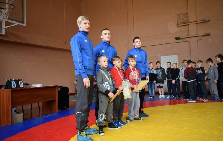 чемпионат украины по греко-римской борьбе среди юношей