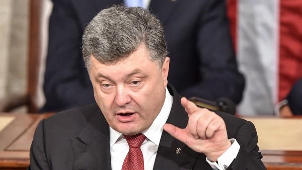 Картинки по запросу порошенко выступая на львовщине