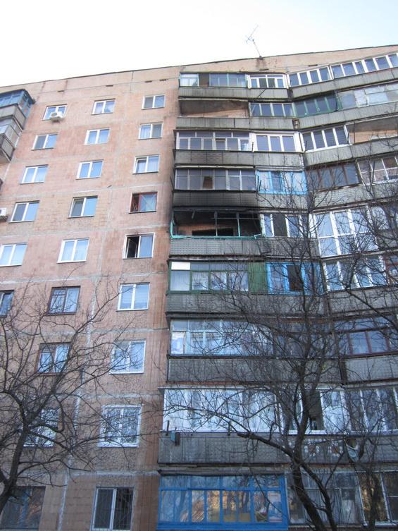 Пожар на бульваре Краматорский уничтожил квартиру и повредил две соседние (ФОТО) (фото) - фото 1