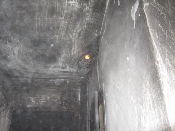 Пожар на бульваре Краматорский уничтожил квартиру и повредил две соседние (ФОТО) (фото) - фото 4